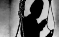 Под Харьковом в детском саду нашли самоубийцу
