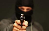 Вооруженные бандиты связали и ограбили харьковчанку