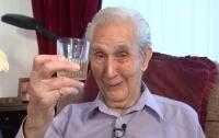 103-летний британец намерен стать самым старым мужчиной с тату