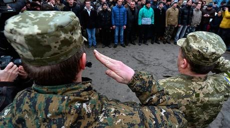 Военкоматы начали выполнять новое постановление Кабмина