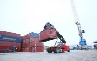 Одесский таможенник украл контейнеры с грузом на 154 млн гривен