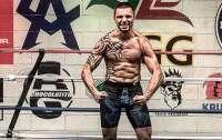 Украинский боксер высмеял Ломаченко