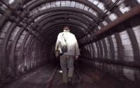 Семьям шахтеров пообещали по 100 тысяч после недавней трагедии