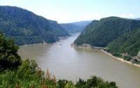 Токсичные отходы из Венгрии уже в Дунае!