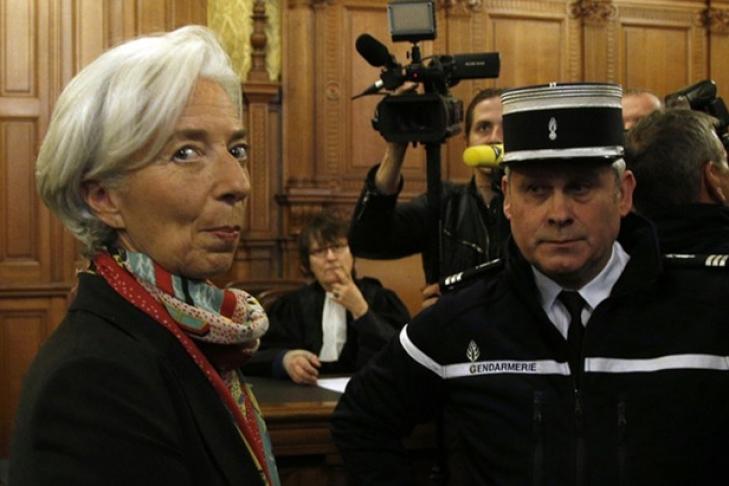 МВФ выразил доверие Лагард, невзирая наобвинения суда вслужебной халатности