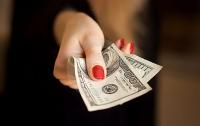 Сотрудницу львовской налоговой поймали на огромной взятке