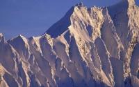 На Аляске самолет врезался в гору, есть жертвы