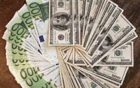 Доллар и евро поднялись в цене