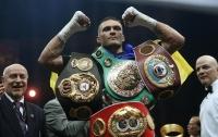 Усика признали лучшим боксером года