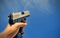 Двое мужчин устроили стрельбу в Киеве