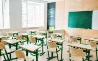 В одной из черкасских школ установили систему, проверяющую температуру и маски у детей