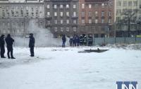 В Киеве под Европейской площадью произошел крупный пожар