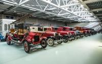 Самая большая в мире частная коллекция классических Ford продана с аукциона в Нидерландах