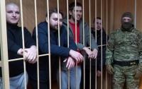 Российский суд вынес приговор военнопленным морякам