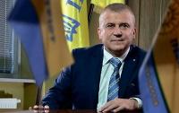 Люстрированный прокурор поведал, как он бедствует и потребовал деньги от государства