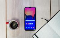 Samsung готує найменший і найдешевший смартфон в лінійці Galaxy A