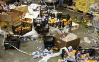 Киевлянин устроил погром в супермаркете
