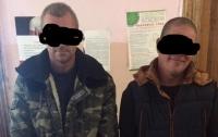Под Одессой задержали посадивших на цепь заложника похитителей