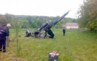 На Хмельнитчине разбился вертолет, пилот в тяжелом состоянии