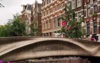 Напечатали на 3D-принтере: в Амстердаме открыли первый в мире стальной мост