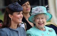 Кейт Миддлтон рассказала об отношениях Джорджа и королевы Елизаветы II