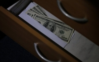 Чиновника горсовета Днепра поймали на долларовой взятке