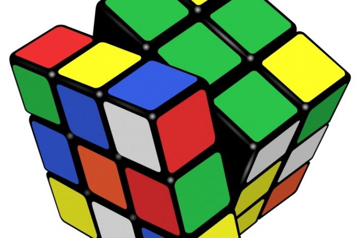 ВСША создали робота, который собирает кубик Рубика заполминуты— Мировой рекорд