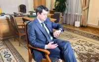 Разумков вступился за незаконно удерживающего должность Сытника