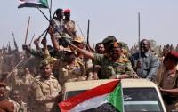 Военные взяли власть в Судане под контроль на два года
