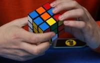 Таможенники задержали крупную партию поддельных кубиков Рубика