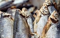 Ботулизм в Киеве: Мужчина оказался в реанимации после употребления вяленой рыбы
