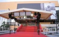 Здание, где проходит Каннский фестиваль, эвакуировали