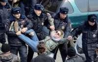 В Украине считают, что россияне, которые бьют своих же россиян должны быть наказаны
