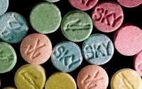 Учительница начальных классов на Тернопольщине торговала наркотиками