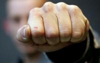 Непобежденный боец UFC устроил драку в ночном клубе