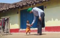 50-летний индиец перестал расти в возрасте пяти лет
