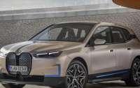 BMW представил электрический кроссовер с запасом хода 480 км