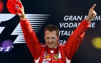 Шумахер впервые после травмы был замечен среди пассажиров вертолета