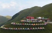 Китайские туристы побили рекорд Гиннесса по числу разбитых палаток