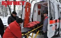 Азаров озаботился «скорой помощью»