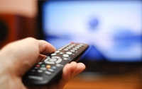 Правительство решило оставить 10 миллионов телезрителей без эфирного телевидения, - СМИ