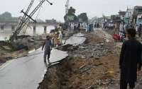 Пакистан всколыхнуло мощное землетрясение, 20 погибших
