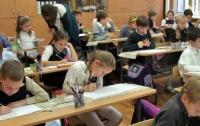 Принимать детей в школу будут по-новому