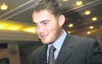 Сын Януковича пошел по стопам жены Ющенко