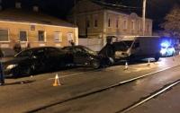 В Харькове произошло тройное ДТП, есть пострадавшие