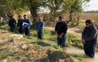 Вице-премьер Узбекистана наказывал людей стоянием в холодной воде