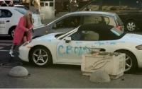 В Киеве девушка написала на Porsche