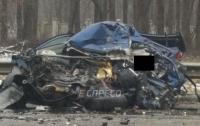 Мокрые дороги в Киеве: в страшном ДТП погиб водитель