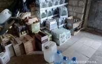 Сотрудники СБУ под Киевом обнаружили склады с контрафактным алкоголем