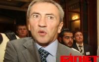 Черновецкий продал 18 коммунальных аптек Киева